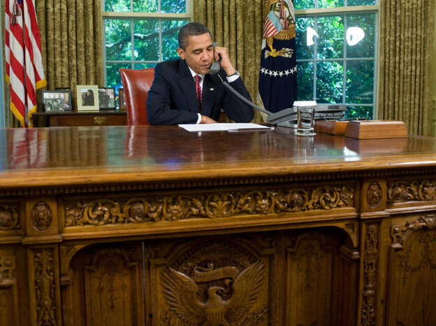 President Obama at Oval Office desk, May 20, 2009.