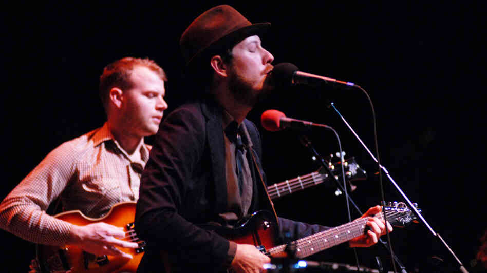 Vetiver, led by Andy Cabic (right), performed