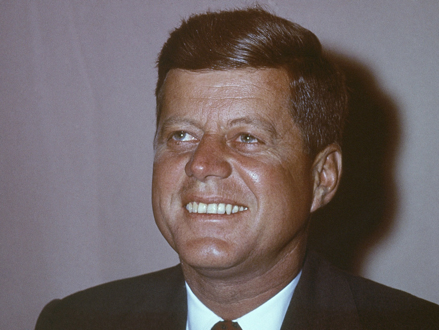 Kennedys Polizeikontakte | Kennedy Calling