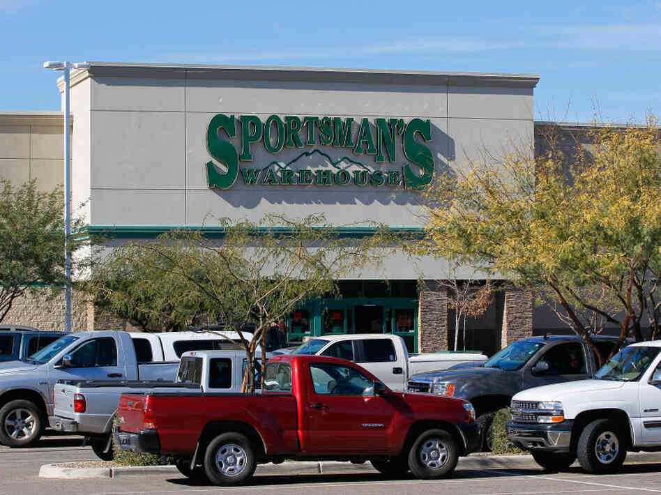The Sportsman's Warehouse where the Glock 9mm handgun was repor