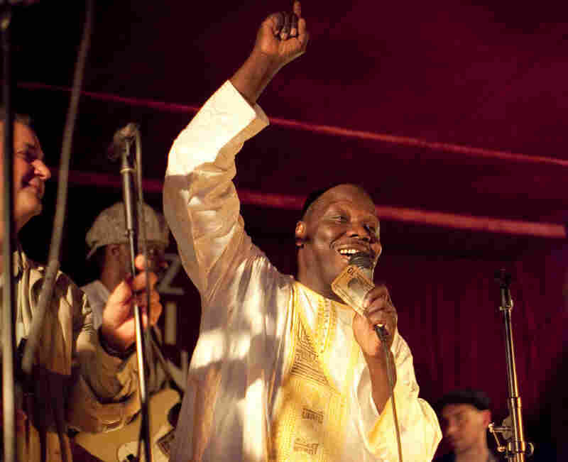 The Malian singer, guitarist and percussionist Abdoulaye Diabate performed with a band called Source.