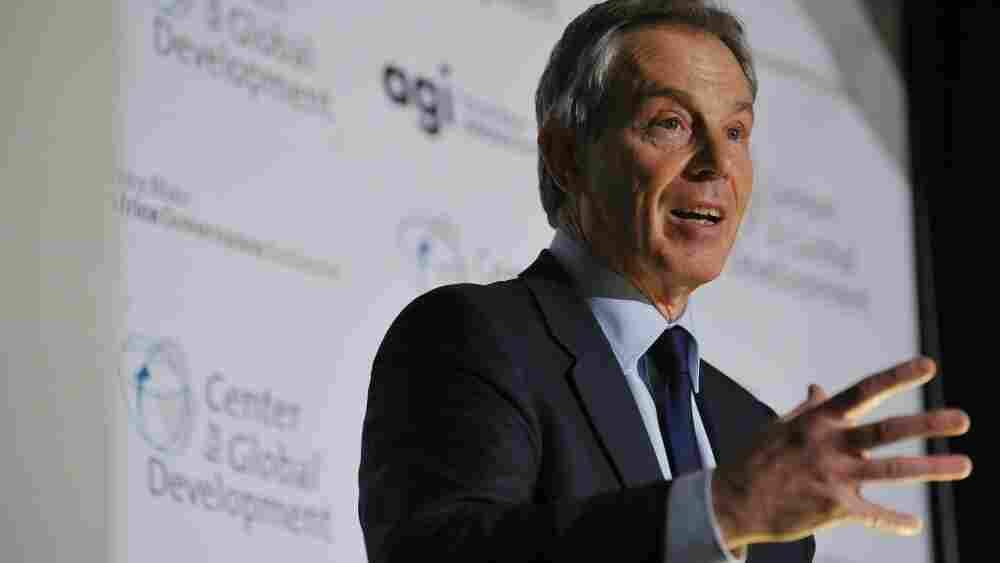 Tony Blair has been asked to appear for a second time before a committee looking into Britain's role in the Iraq invasion.