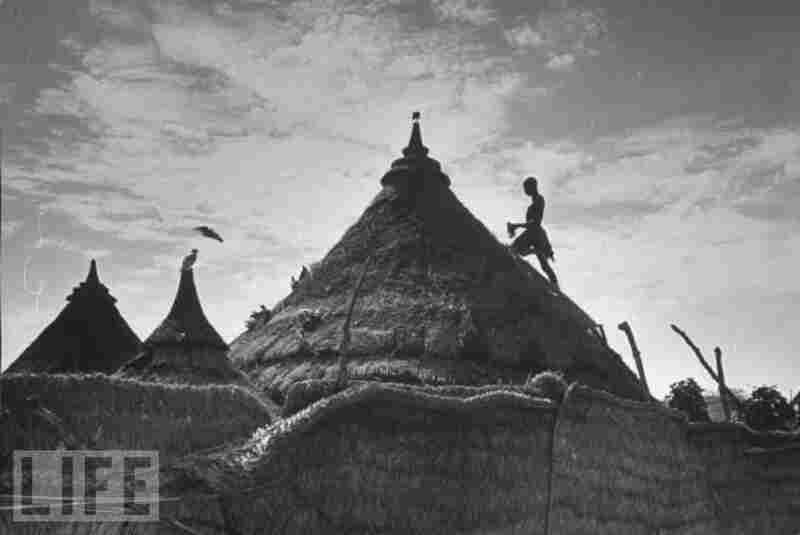 Thatched houses are still a standard structure in Sudan.