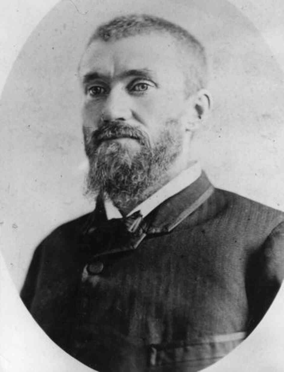 Charles J. Guiteau, a U.S. lawyer, shot and killed President James A. Garfield in Washington, D.C., on July 2, 1881.