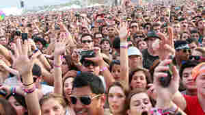 INDIO, CA - APRIL 17:  Music fans in the audience during day two of the Coachella Valley Music & Arts Festival 2010