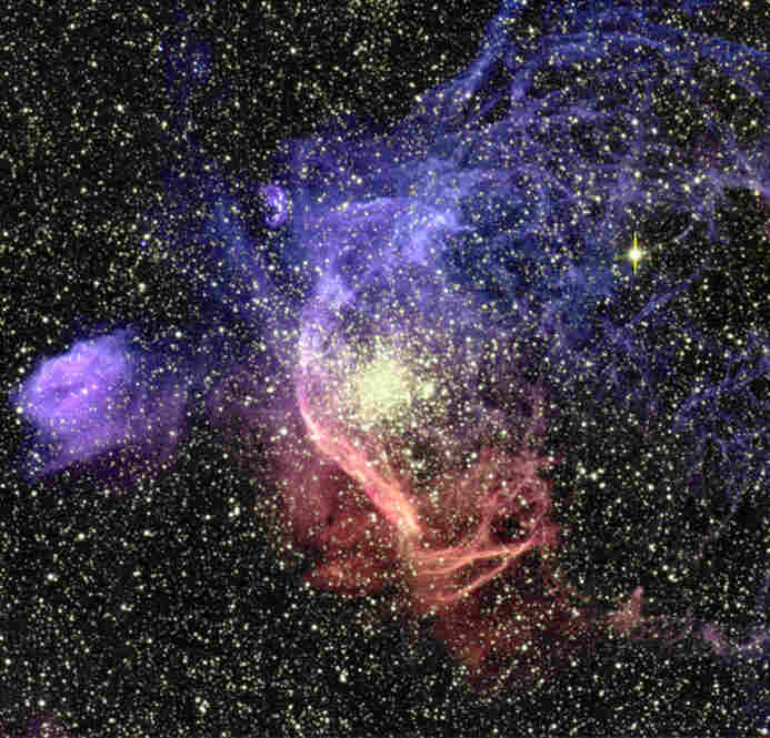 NGC1850, a double cluster in the Large Magellanic Cloud, is a satellite galaxy of the Milky Way.