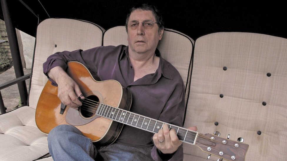 Remembering Guitarist Bert Jansch