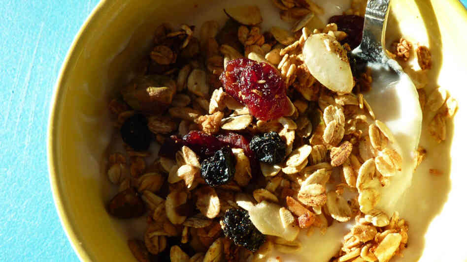 Coconut Berry Granola