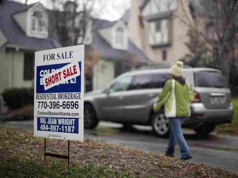 A lack of stability in home prices has made it more difficult for the Obama administration to curb government's role in the country's mortgage-finance giants.