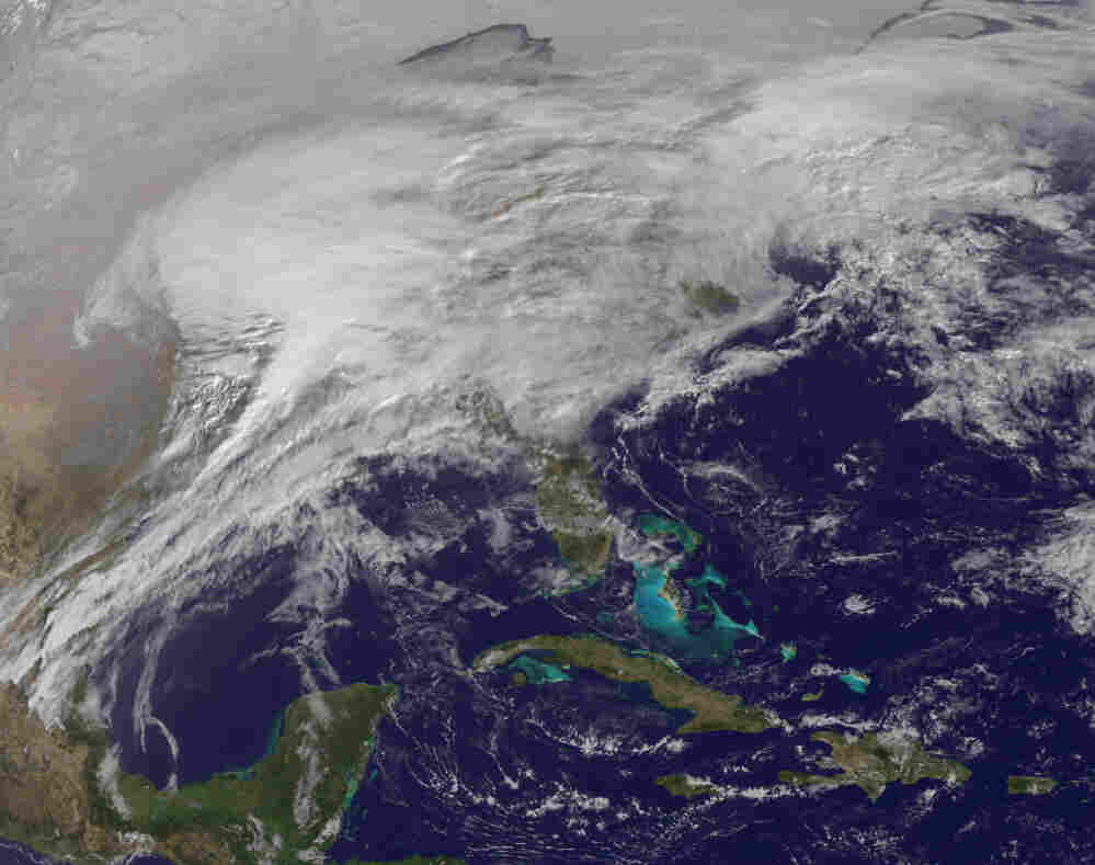 This image shows the storm at 9:01 a.m. ET.