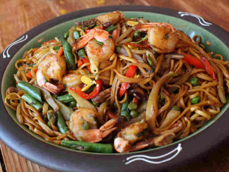 Eight-Treasure Trini Chow Mein