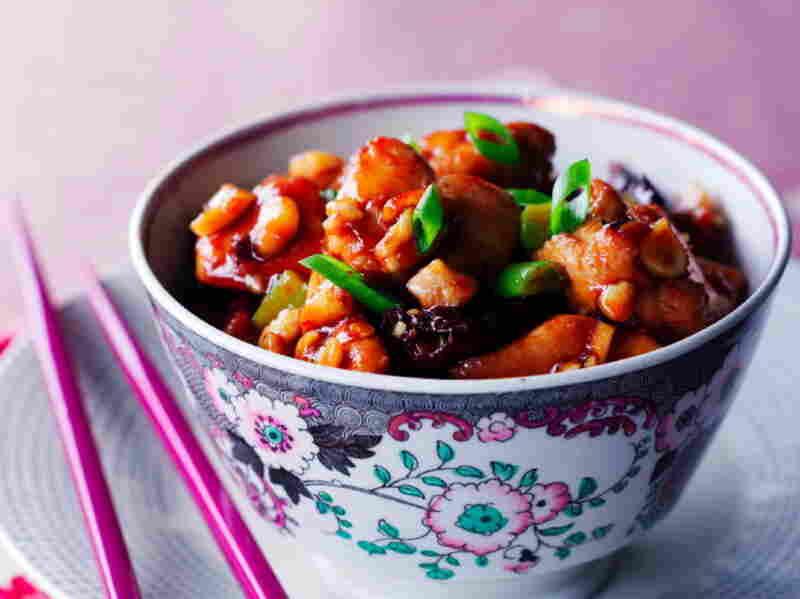 Stir-fried Chili Chicken with Peanuts
