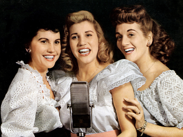 Andrews Sisters 171 Working For The Yankee Dollar