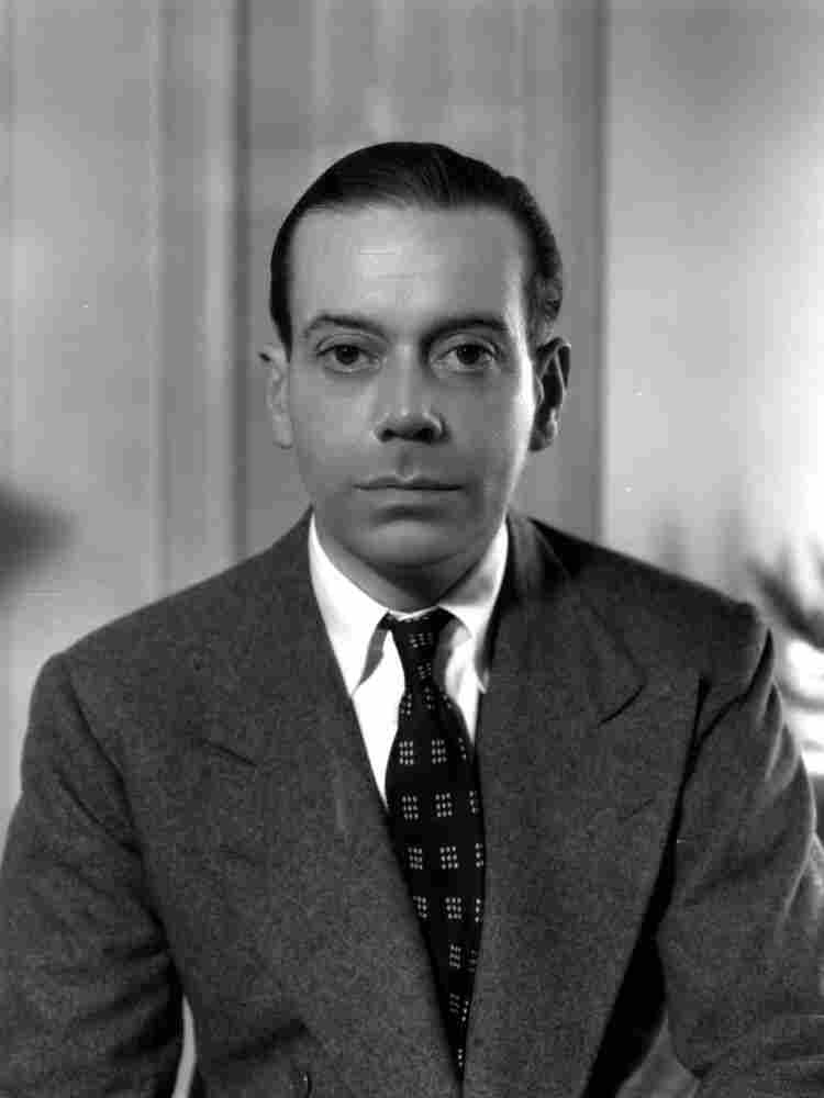 """Cole Porter contributed many songs to the Great American Songbook,  including """"I've Got You Under My Skin"""" and """"I Get a Kick Out of You."""""""