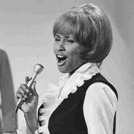 Darlene Love: A Prominent Star, Born In The Background