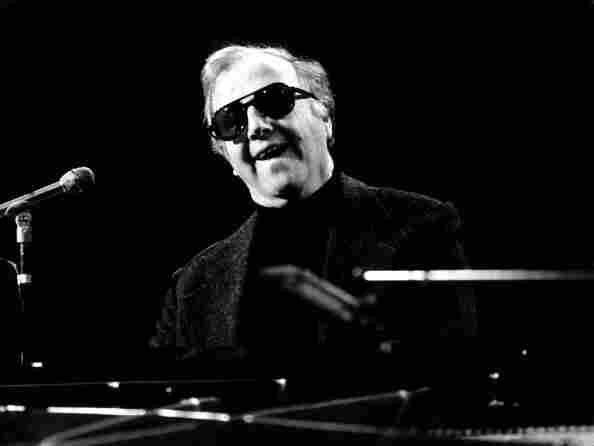 """George Shearing, the ebullient jazz pianist who wrote the standard  """"Lullaby of Birdland,"""" died Monday in Manhattan of congestive heart  failure.  He was 91."""