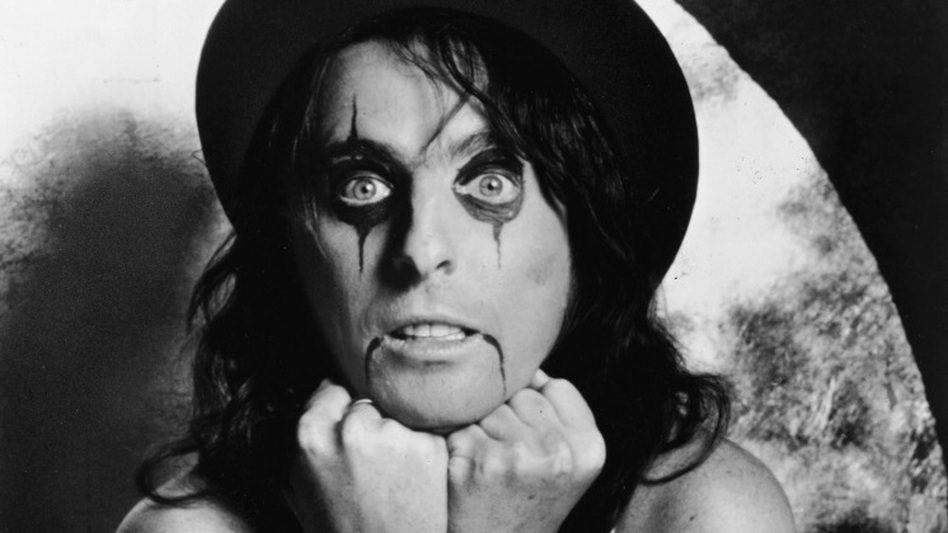 Alice Cooper has left a trail of blood and boa constrictors on his way to the Rock and Roll Hall of Fame. (Hulton Archive/Getty Images)
