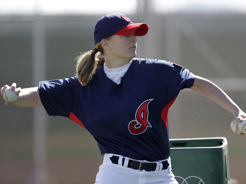 best sneakers b378c 0a330 Woman Pitches Batting Practice To Cleveland Indians : The ...