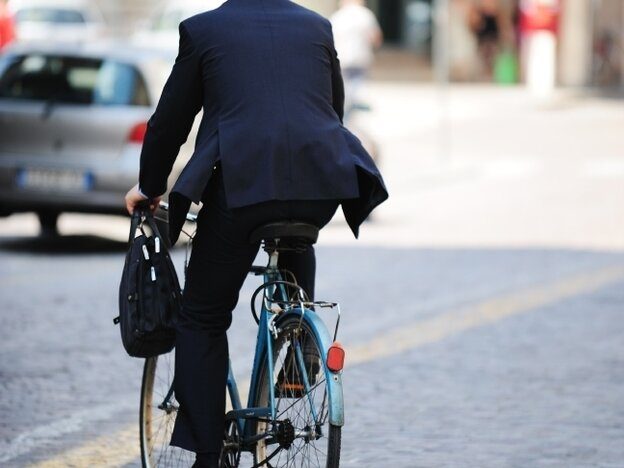 In 2009, 630 bike riders were killed in accidents with vehicles. This man was not one of them.