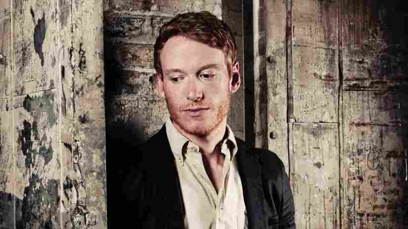 Teddy Thompson recently performed songs from his fifth album Bella on World Cafe.