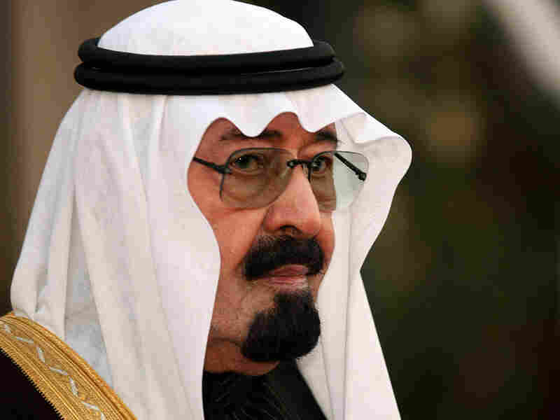 Saudi King Abdullah awaits the arrival of Kuwait's Emir Sheik Sabah al-Ahmad al-Sabah for an emergency summit of the Gulf Cooperation Council in Riyadh on Jan. 15, 2009.