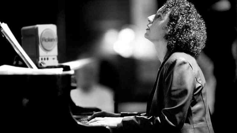 Pianist and composer Roberta Piket stands among the elite minds of  modern jazz.