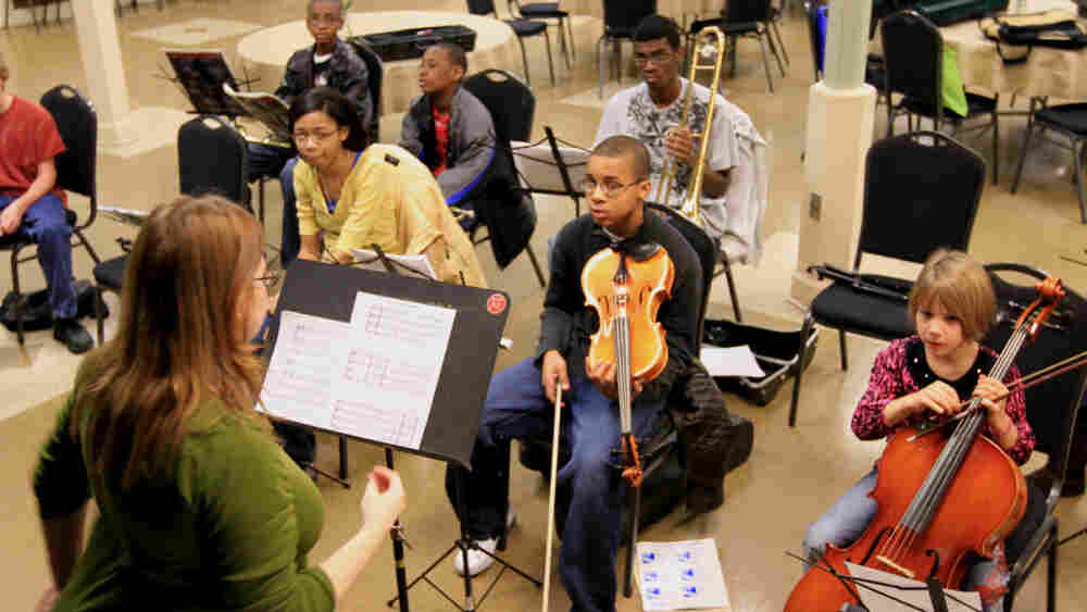 Scrollworks offers music lessons and instruments for children, free of charge.