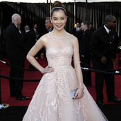 Actress Hailee Steinfeld helped design her frothy Marchesa gown.