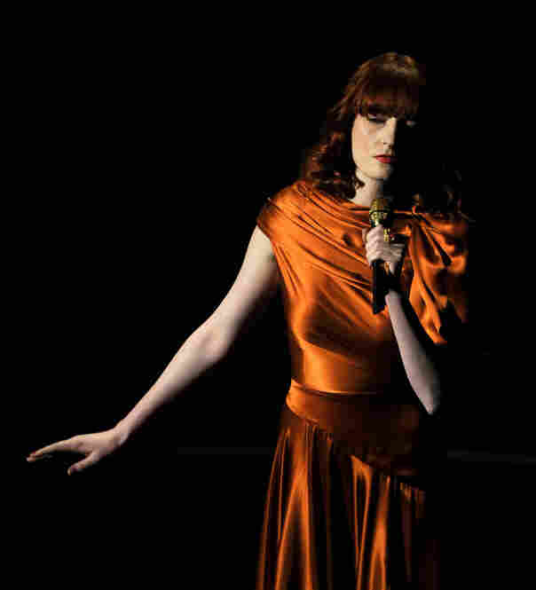 "Florence Welch and Bollywood music legend A.R. Rahman performed the song ""If I Rise"" from 127 Hours."