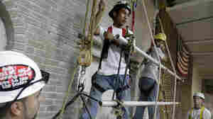 Participants work on their techniques and safety procedures during a suspended-scaffolding training class in New York. Construction incurred the most fatal injuries of any industry in the private sector in 2009, according to the Labor Department.