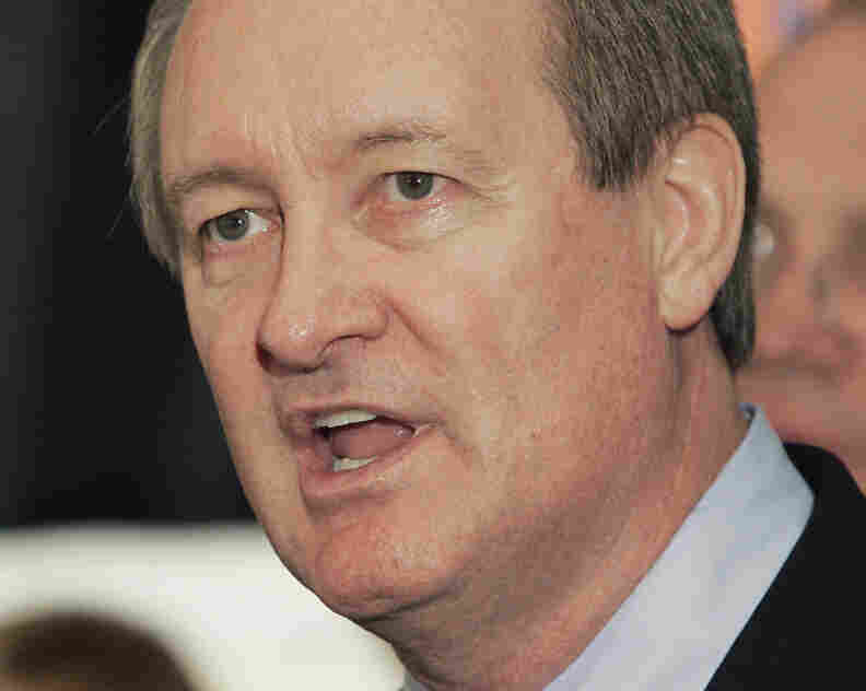 In this Nov. 2, 2010, file photo, Sen. Mike Crapo speaks in Boise, Idaho.