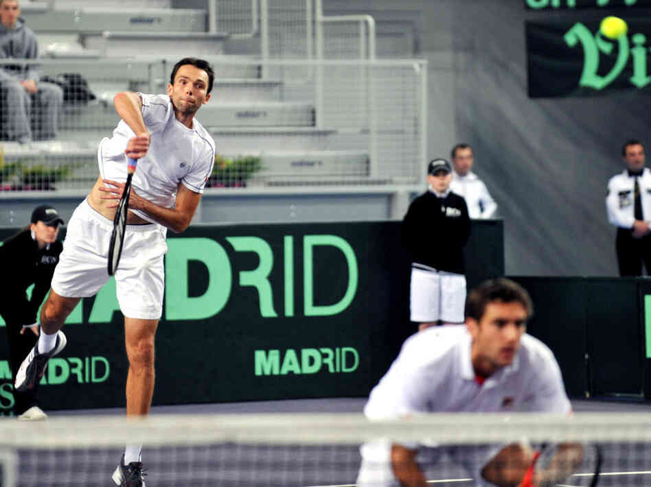 Heads Up: Ivo Karlovic (left) serving Sunday during another Davis Cup match.