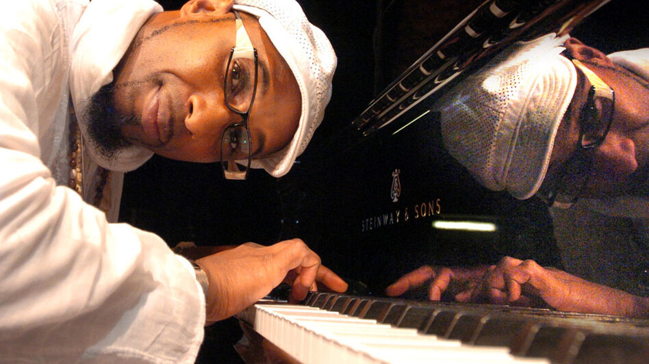 The Afro-Cuban jazz pianist takes a serene approach on his new CD, Calma. (Ota Records)