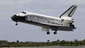 Space shuttle Discovery ended its 39th and final mission to space Wednesday, touching down at Kennedy Space Center in Cape Canaveral, Fla., just before noon local time.
