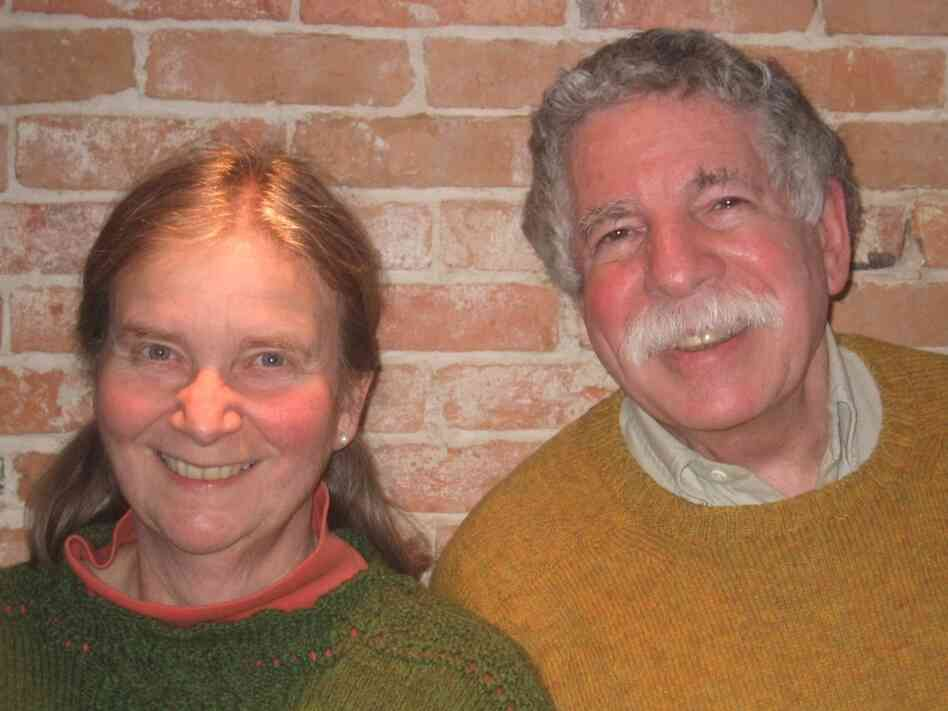 In 1994, mathematicians Ellen and Robert Kaplan founded The Math Circle, a program of collaborative, problem-solving courses. They are also the authors of The Art of the Infinite and Out of the Labyrinth.