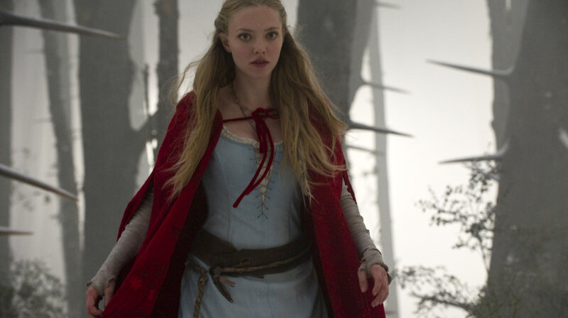 Movie Review Red Riding Hood From A Tempting Hood A