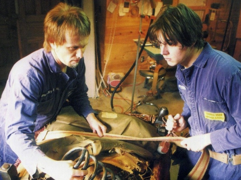 "Brian Muldoon and Jack White (right) of The Upholsterers on the cover of the <em>Makers of High Grade Suites</em> 7""."
