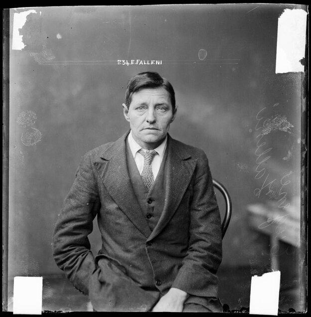 1920s criminal mugshot