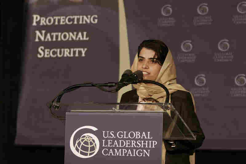 Kamila Sidiqi speaking about the future of Afghanistan at the US Global Leadership Campaign in 2005. Courtesy US Global Leadership Campaign.