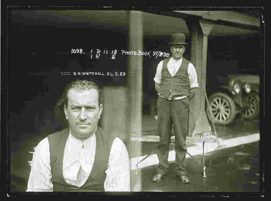 George Whitehall a carpenter, handed himself into the police after murdering his common-law wife, Ida Parker on Feb. 21 1922 at their home.