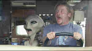Greg Mottola: Making 'Paul' Realistically Alien
