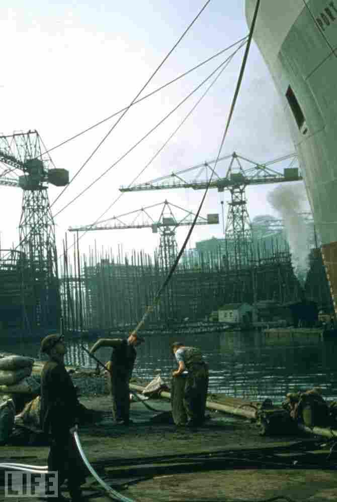 Belfast shipyard, 1955