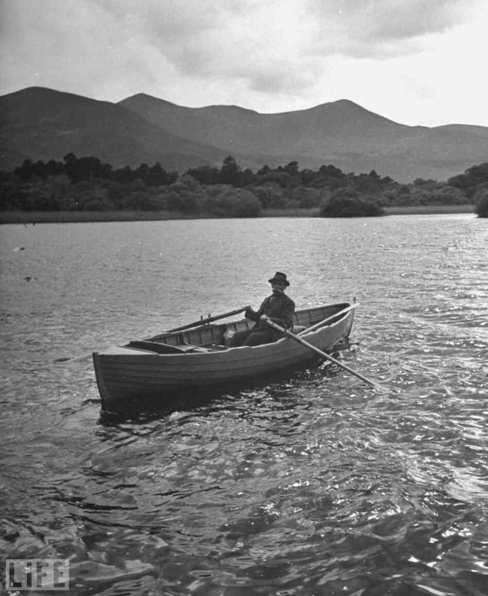 A boatman on the moors of Ross Castle, 1946