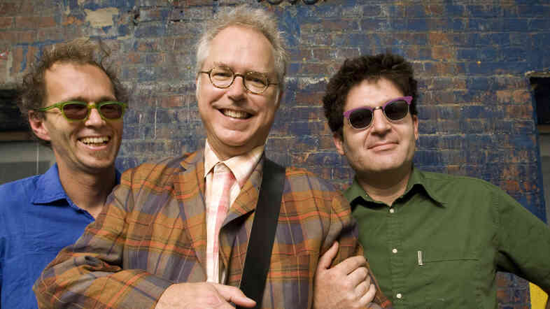 From left to right: Kenny Wollesen, Bill Frisell and Tony Scherr.