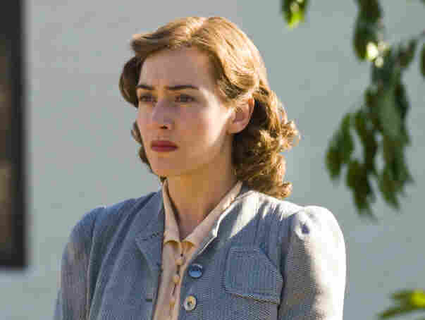 Kate Winslet plays the role that won Joan Crawford an Oscar in HBO's miniseries Mildred Pierce.