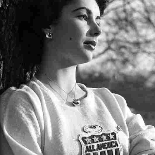 Unpublished Elizabeth Taylor From 'Life'