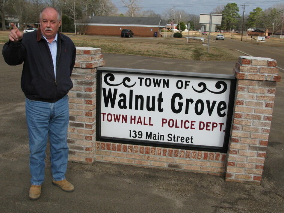 "Walnut Grove Mayor Grady Sims says the prison has ""done an excellent job"" and that the money it brings in helps the town maintain a full-time police department."