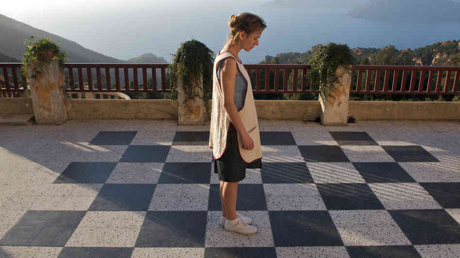 Her Move: Sandrine Bonnaire plays a smart but shy woman who develops a passion for chess — and an appetite for a life beyond her experience.