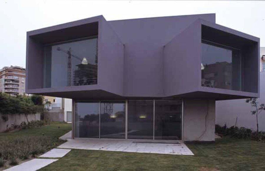 architect eduardo souto de moura wins pritzker