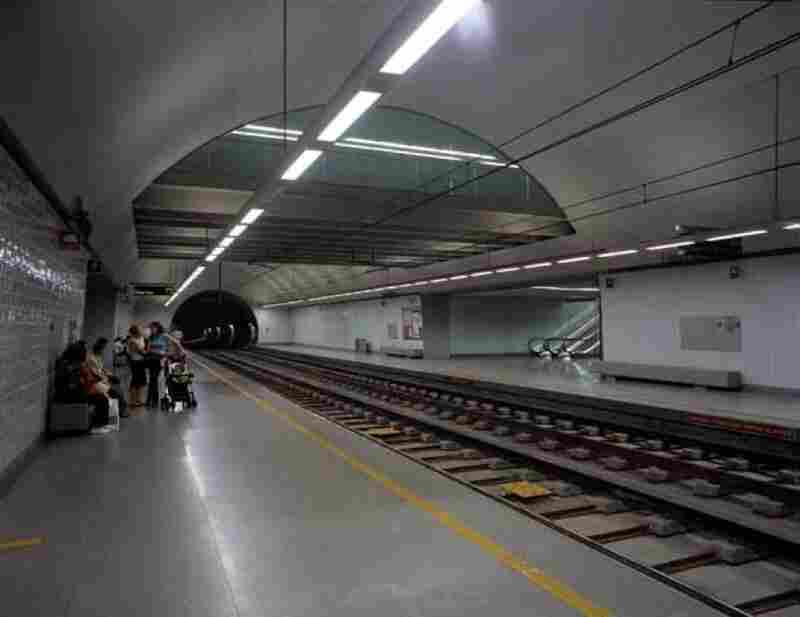 Architectural project for the Porto metro